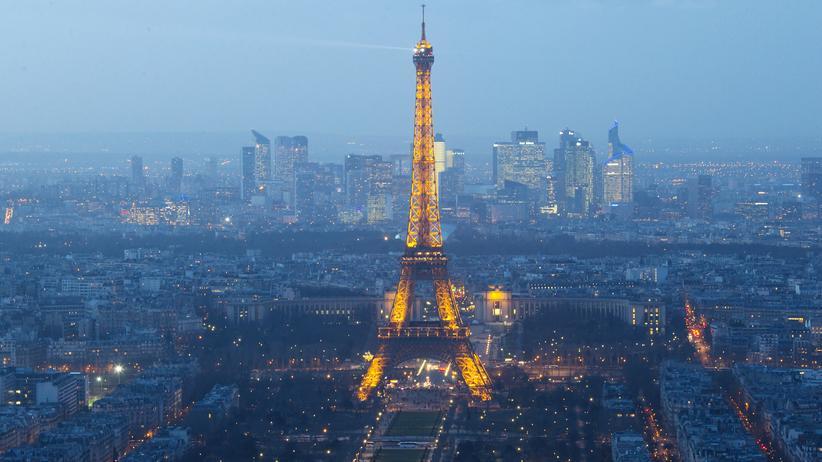 Frankreich: Gesellschaft, Frankreich, Paris, Drohne, Frankreich, Polizei, Ermittlung, Greenpeace, Anschlag, Atomkraftgegner, Charlie Hebdo, Concorde, Rätsel, Sender, Staatsanwaltschaft