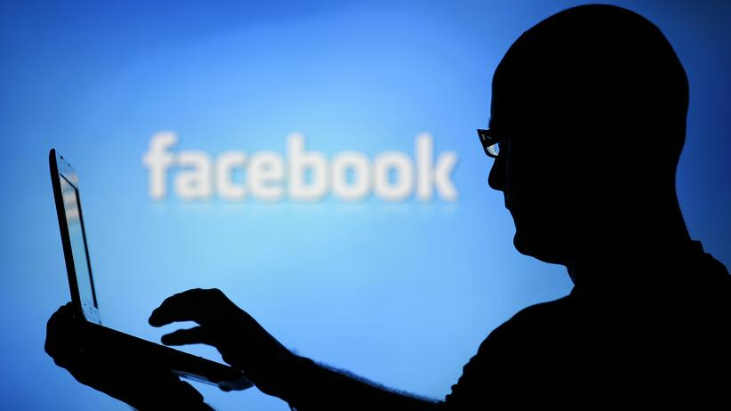Datenschutz: Facebook musste die Durchsuchung der Statusmeldungen von Hunderten Nutzern erlauben.