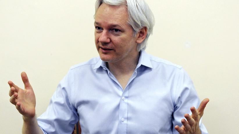 Digital, TTIP, Whistleblower, WikiLeaks, Freihandelsabkommen, TTIP, Glenn Greenwald, Yanis Varoufakis, Europa, Geld, Euro, Finanzminister, Konflikt, Öffentlichkeit, Asien