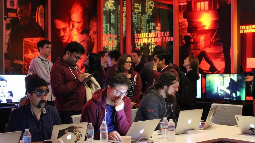 Einreisestopp in die USA: Mitarbeiter von Netflix im Hauptquartier des Unternehmens in Kalifornien