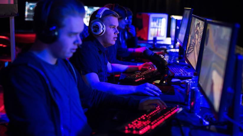 Computerspielen: Daddeln für Millionen