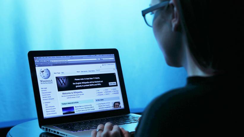 Türkei: Die Website Wikipedia bleibt in der Türkei gesperrt.