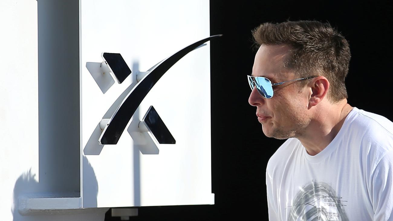 Datenmissbrauch: Musk löscht Facebook-Seiten von Tesla und SpaceX