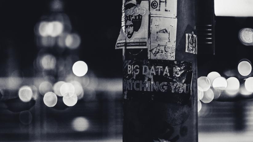 Julia Angwin: Die Auswirkungen, die Big Data auf unser aller Leben hat, könne man im Gegenzug nur mit Big-Data-Analysen überprüfen, sagt die Journalistin Julia Angwin.