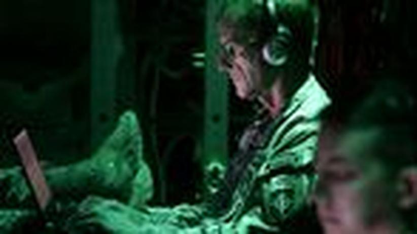 Cyberwar: Wichtige Rechner müssen vom Netz!