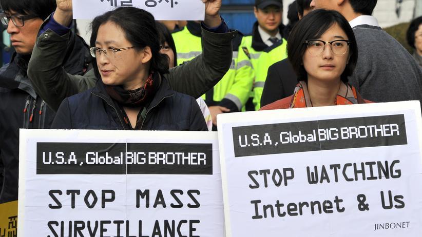 Demonstration gegen Überwachung in Südkorea im November