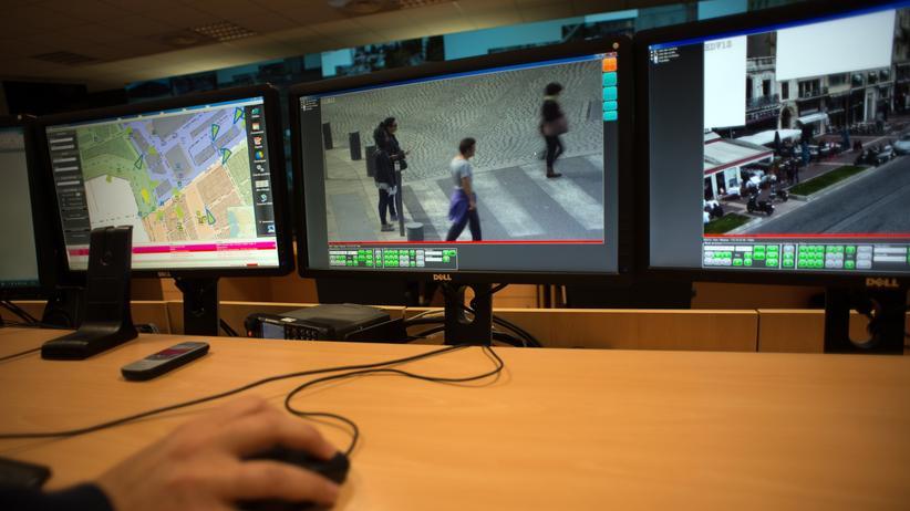 Überwachungsmonitore am Flughafen Marseille