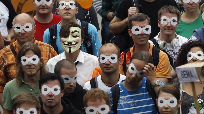 Innere Sicherheit: Heftiger Unmut in der SPD gegen Vorratsdatenspeicherung