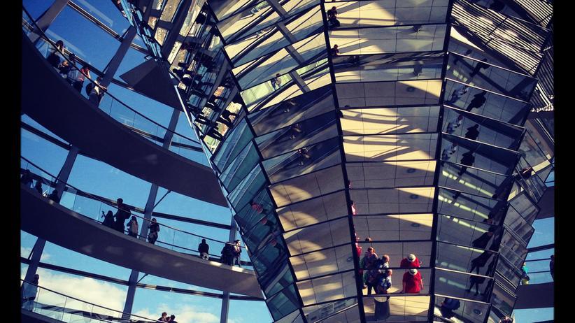 Bundestag: Abgeordnete kritisieren Aufarbeitung des Hackerangriffs