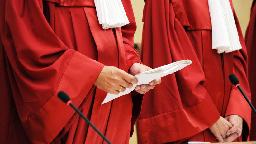 Bundesverfassungsgericht: Das Bundesverfassungsgericht verhandelt mehrere Verfassungsbeschwerden gegen das 2008 novellierte BKA-Gesetz.