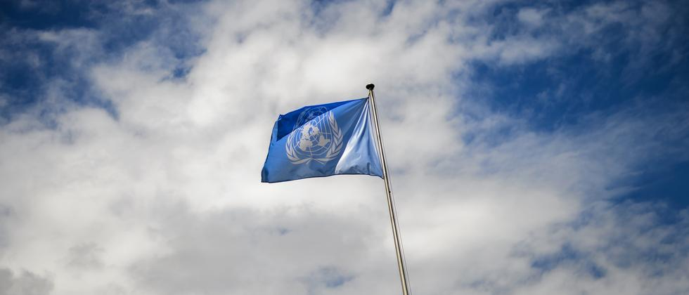 Eine UN-Flagge in Genf