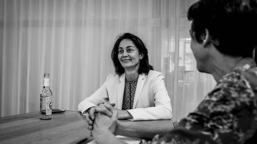 Justizministerin Katarina Barley bei der Aufnahme des Podcasts in der Berliner Redaktion von ZEIT ONLINE