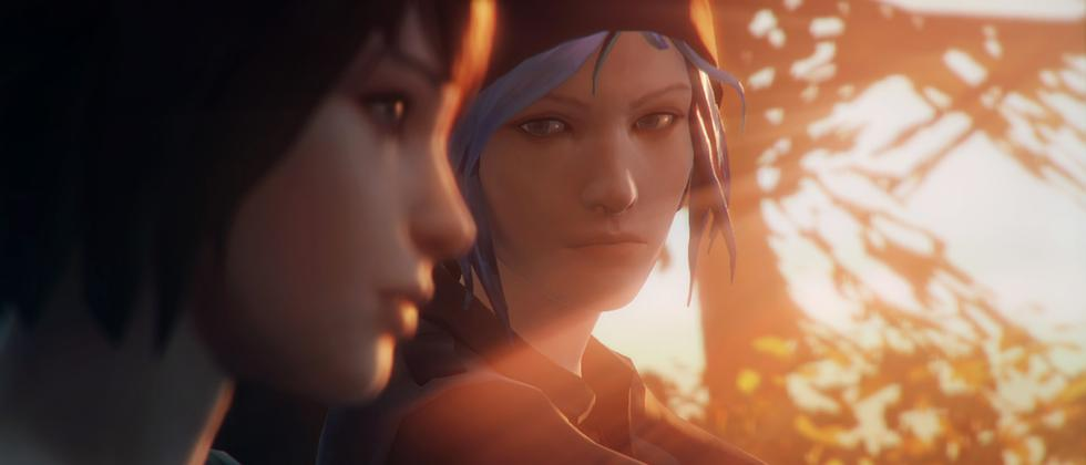 Protagonistin Max im Vordergrund mit ihrer Freundin Chloe