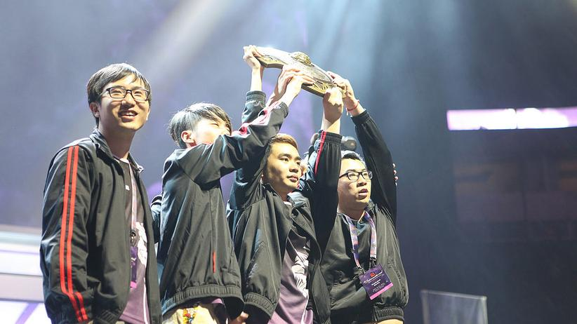 Team NewBee, die Gewinner von The International 2014