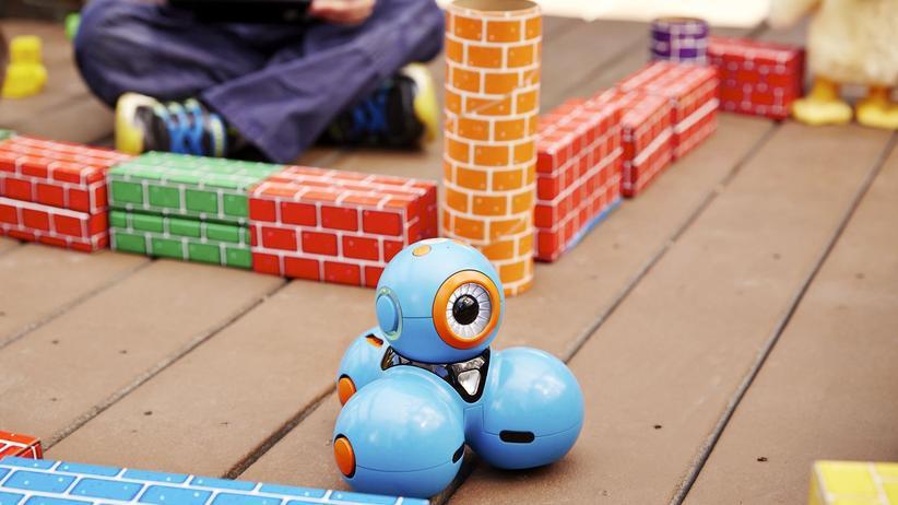 Spielwarenmesse: Diese Roboter sollen in die Schule gehen
