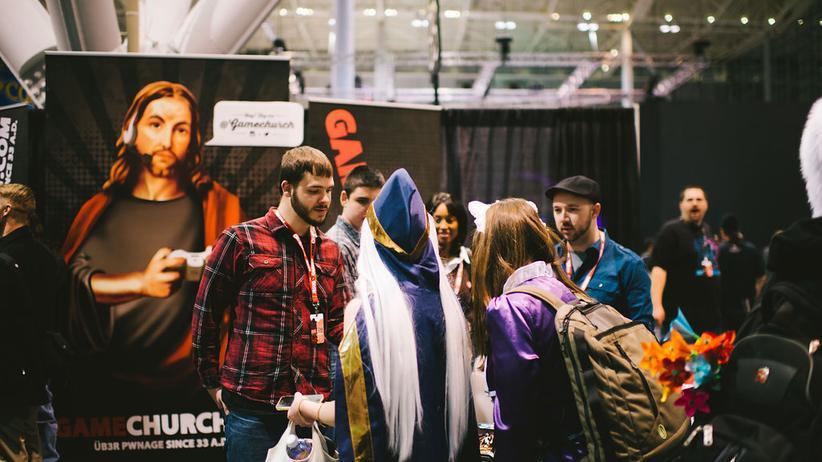 Mitglieder der Gamechurch missionieren auf einer Gamesmesse in den USA.