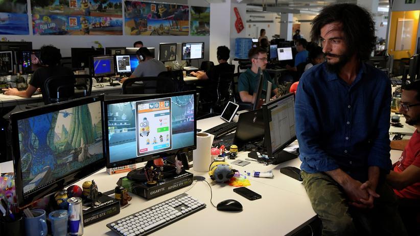 Game Workers Unite: Spieleentwickler aller Länder, vereinigt euch!