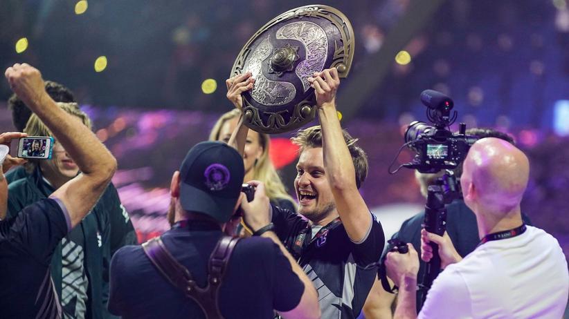 """E-Sport: Die """"Dota""""-Spieler von Team OG konnten sich über 15 Millionen Dollar Preisgeld freuen."""