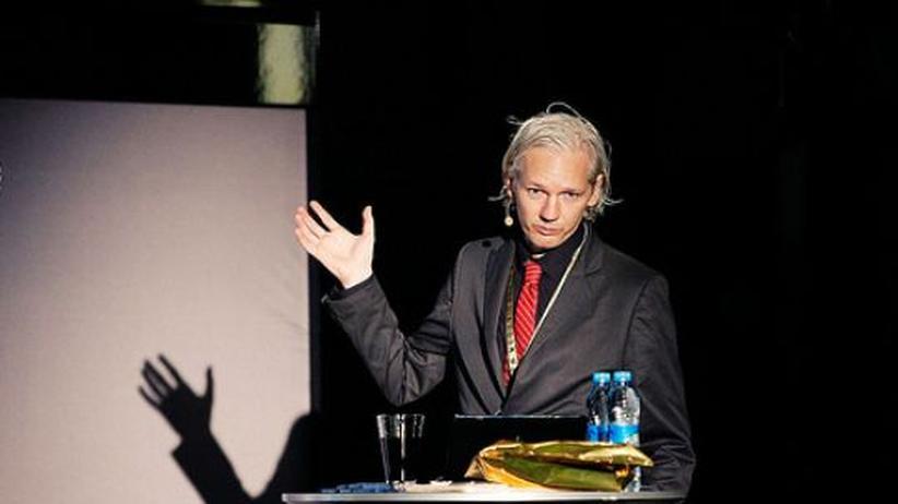 Meinungsfreiheit: Wikileaks-Gründer Assange musste Pass abgeben