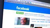 """""""Ich bin von der Idee Hr. Gauck als Kandidat für das Amt des Bundespräsidenten vorzuschlagen begeistert"""", schreibt der Gründer der Facebook-Seite """"Gauck for president"""". Immerhin 14.606 Leuten gefällt das"""