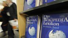 Ob im Netz oder sogar gedruckt, im gesammelten Wissen der Enzyklopädie Wikipedia schlagen auch Wissenschaftler gelegentlich nach