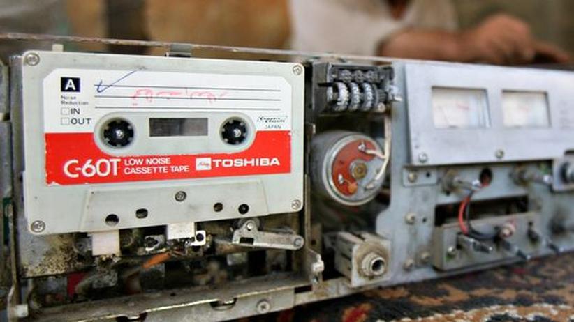 Illegale Downloads: Mixkassetten aufnehmen war erlaubt, seine Songs mit der ganzen Welt im Netz zu tauschen ist verboten