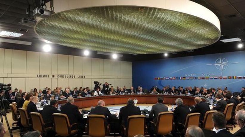 Die Außen- und Verteidgungsminister der Nato beschäftigen sich inzwischen auch mit Cyberangriffen