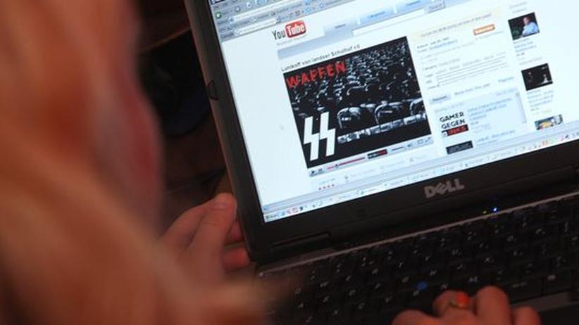 Rechtsextremismus: Neonazis breiten sich in Sozialen Netzwerken aus