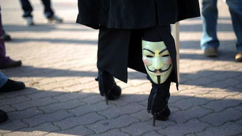 Hackergruppe: Kein Angriff von Anonymous auf Facebook