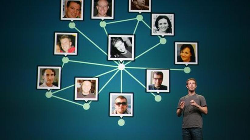 Facebook in Zahlen: Zuckerberg verfliegt 693.000 Dollar im Jahr
