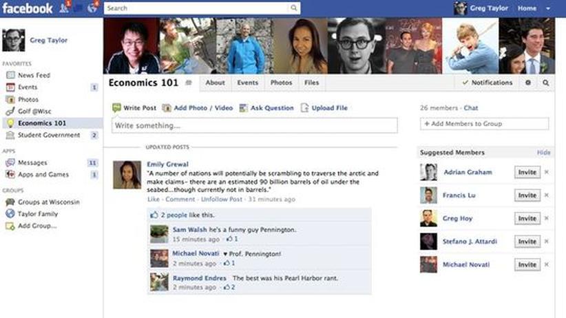 """Soziale Netzwerke: Beispiel für eine """"Gruppe in Schulen"""" inklusive Filesharing-Buttonüber dem Newsfeed."""