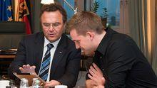 Innenminister Hans-Peter Friedrich und Max Schrems
