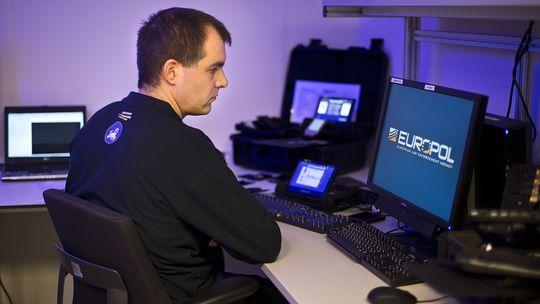 Mitarbeiter des European Cybercrime Centre (EC3) in Den Haag