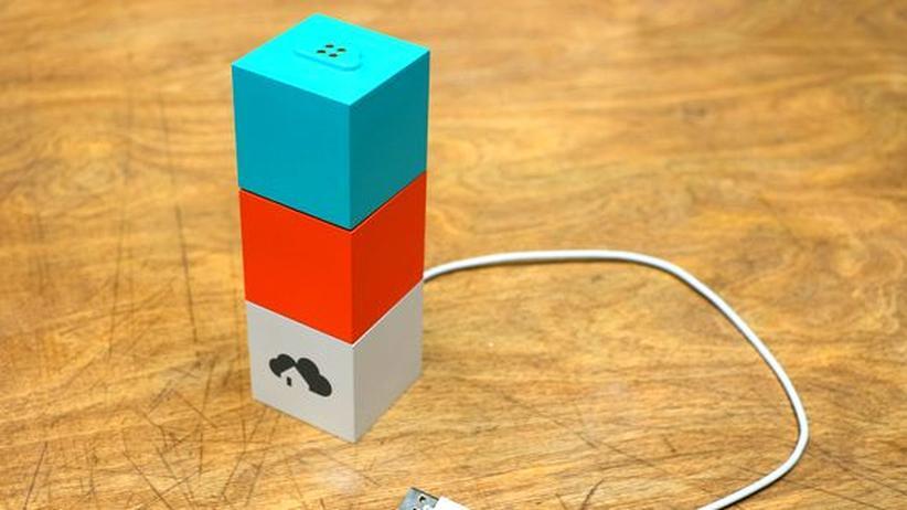 Das System von Homee benutzt Würfel für jeden Standard. Der blaue ist für Z-Wave-Geräte, der orange für Geräte von EnOcean.