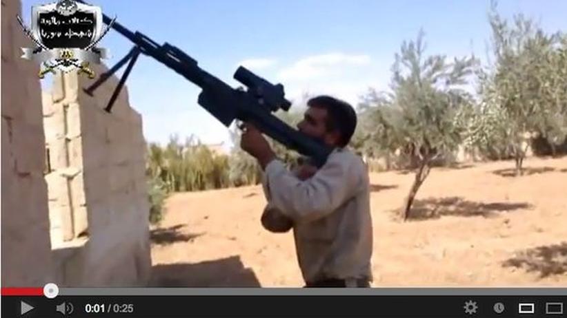 Syrien: Dank YouTube ein gefragter Waffenexperte