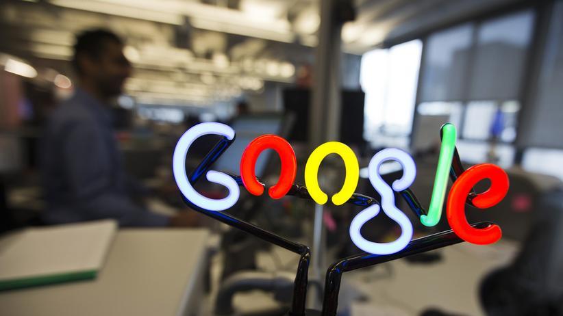Google-Logo im Büro des Unternehmens in Toronto