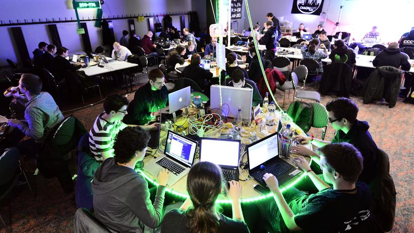 Überwachung: Hacker und Konzerne bauen am neuen Internet