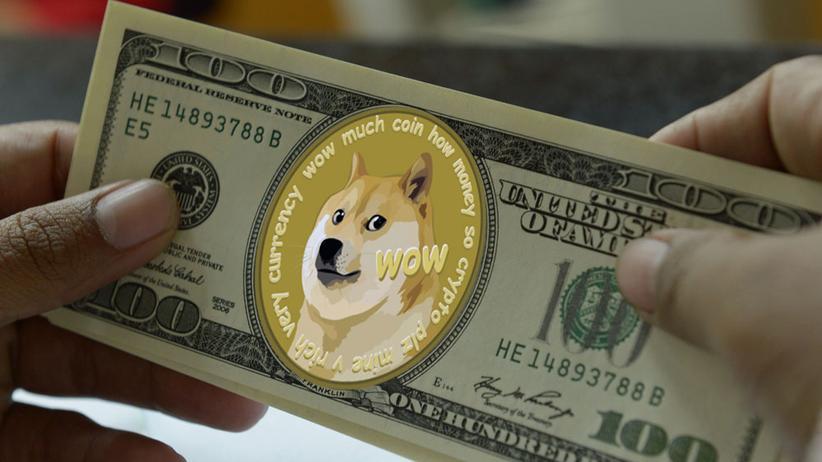 Kryptowährung: Gibt's gar nicht: Dogecoins als Geldschein