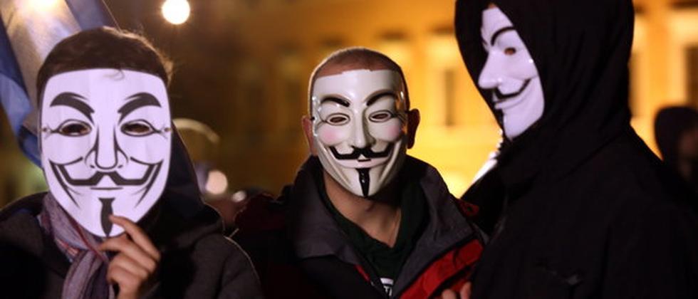 Unterstützer von Anonymous bei der Guy Fawkes Night in Polen.