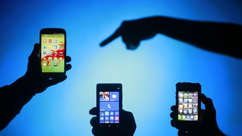 Digital, Mensch-Maschine-Kommunikation, Samsung, BMW, Apple, Google, Mercedes, Volkswagen