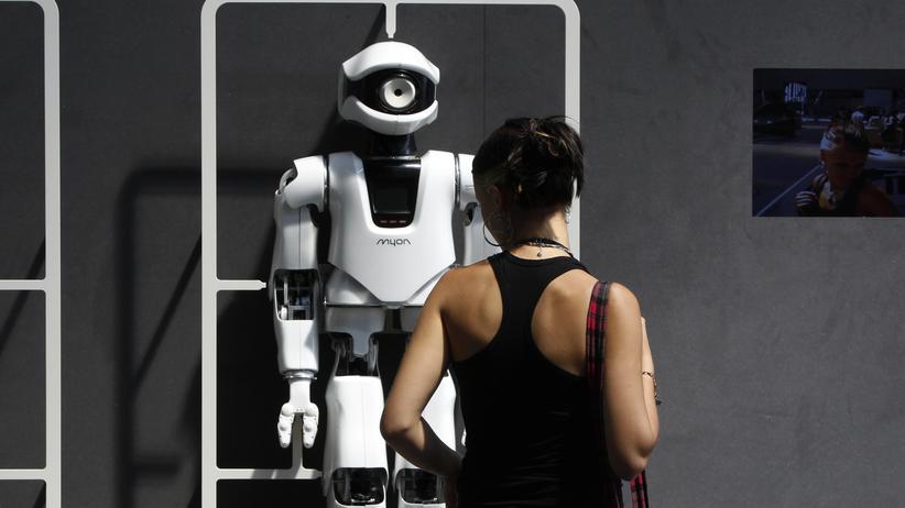 Künstliche Intelligenz: Ein Roboter lernt fühlen