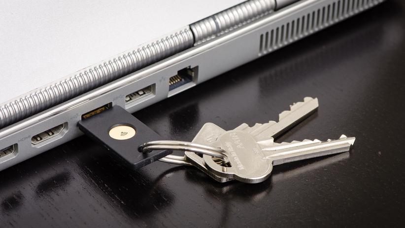 Digital, Yubikey, Hacker, Datensicherheit, Passwort