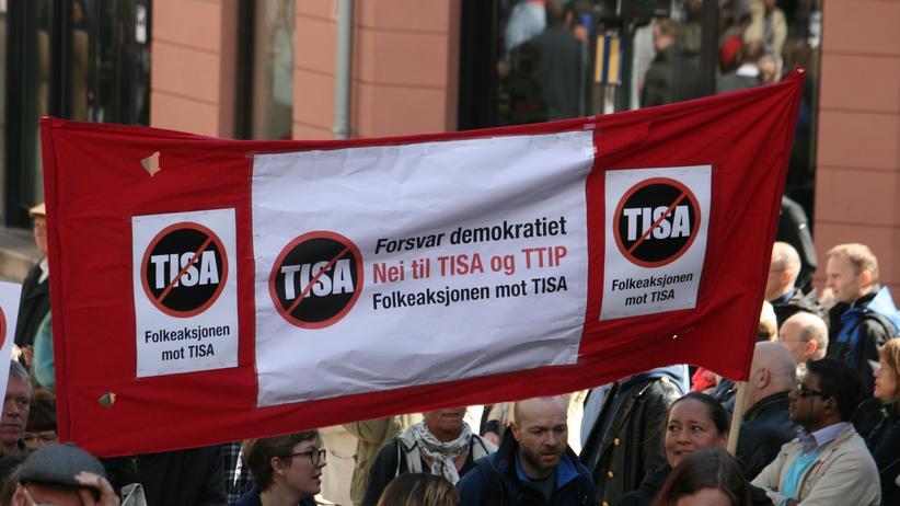Tisa: Protest in Oslo gegen Tisa im Mai 2015