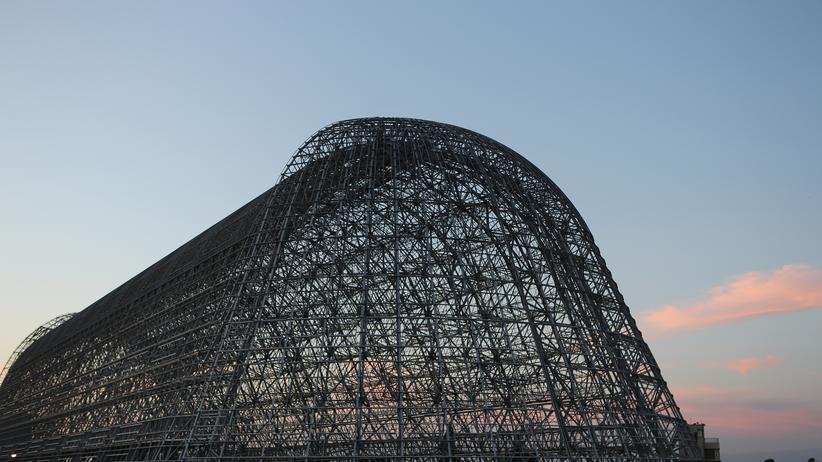 Der historische Hangar One auf dem Moffett Field, wo auch die Singularity University sitzt.