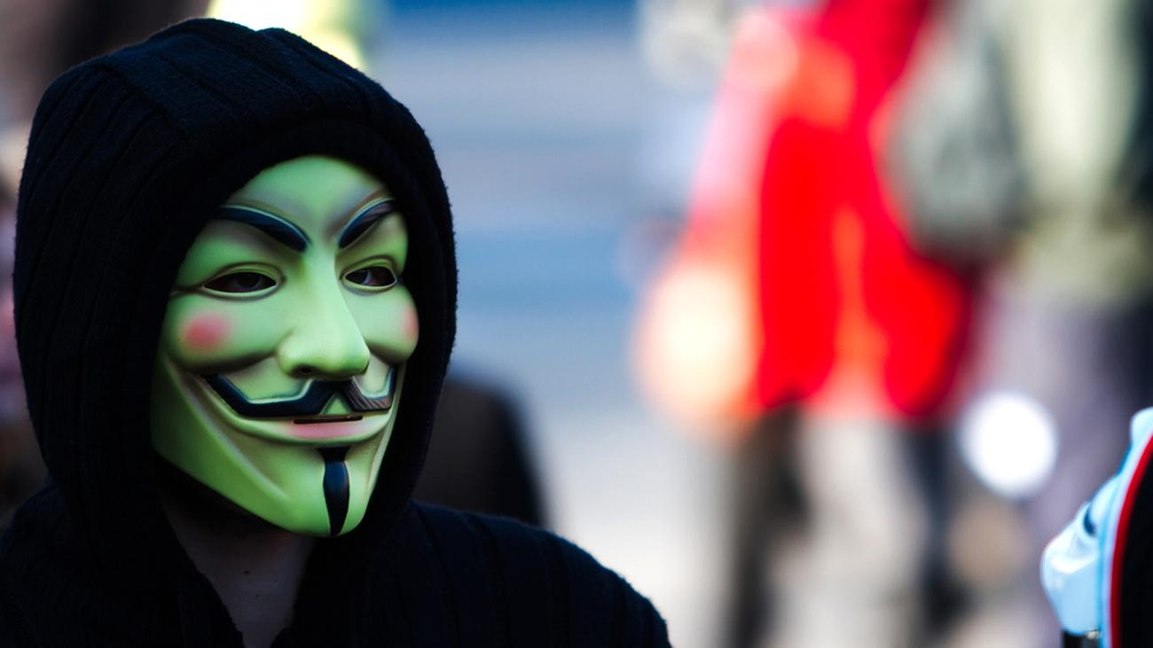Anonymous: Lass das mal die Hacker machen