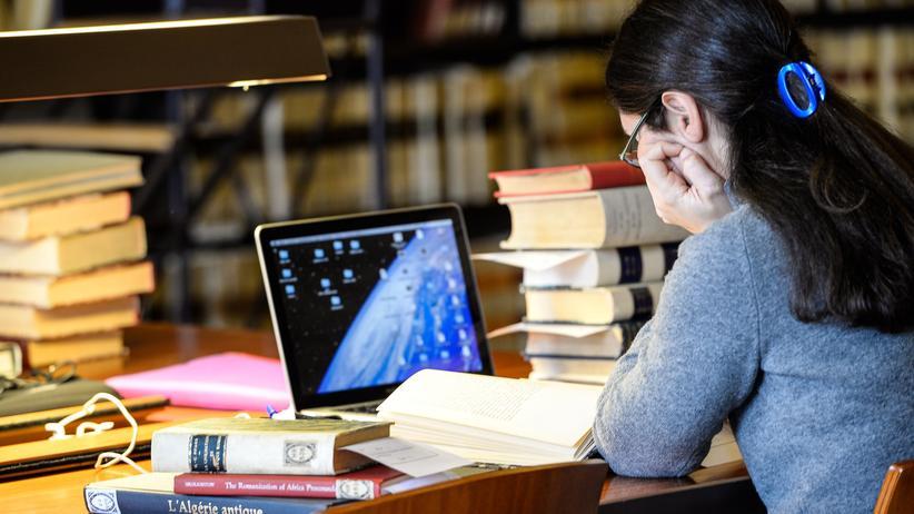 Sci-Hub: Studenten sind auf Zugang zu Fachpublikationen angewiesen.
