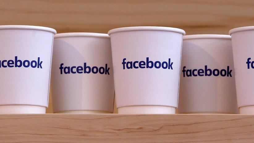Auf Facebook verbreiten sich immer wieder unsinnige Kettenbriefe.
