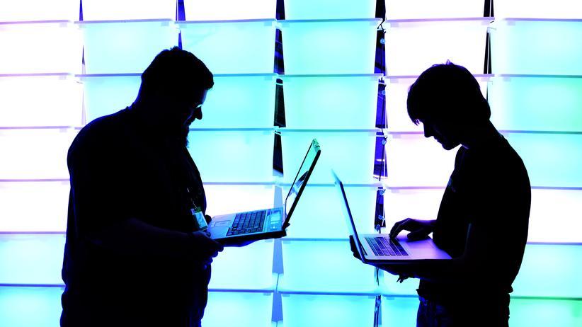 Algorithmen: Auf Programmierer, Journalisten und Hacker kommt im Algorithmus-Zeitalter mehr Verantwortung zu.