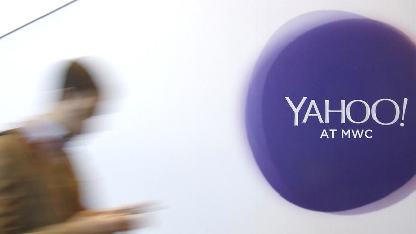 Yahoo Logo Hacker