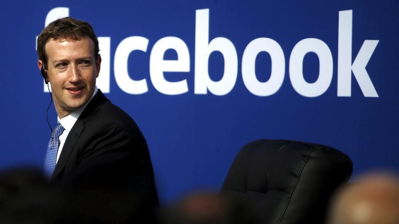 Fake-News: Facebook-Chef Mark Zuckerberg in der Unternehmenszentrale